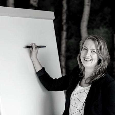 Aafke Wallie van Dijk - health2work zw
